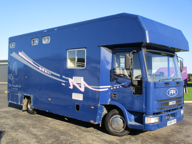 2000 Iveco Eurocargo 75E15 Coach built by Thorpe horseboxes. Stalled for 3 with smart luxury living. Very low mileage for year