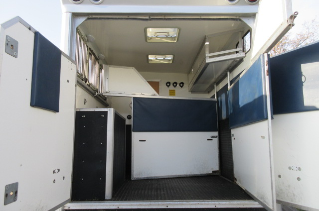 *** DEPOSIT TAKEN *** 2005 Iveco Eurocargo 75E17 7.5 Ton Coach built by George Smith horseboxes. Stalled for 3 with smart luxury living..
