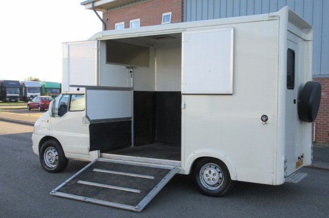 3 5 Ton Horsebox For Sale Ref 14 256 Deposit Taken