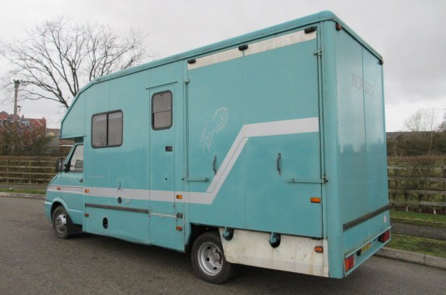 *** DEPOSIT TAKEN *** Beautiful Iveco Daily 5.0T Coach built by Pepper Harrow. Stalled for 2 facing forward with smart living at the front....