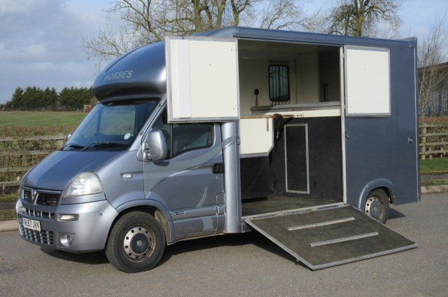 2008 Vauxhall Movano Coach built by Chaighley horseboxes. Stalled for 2 rear facing. Built on LWB chassis