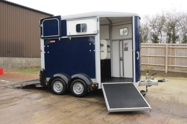 2015 Ifor Williams 506 Horse trailer, One owner from new!