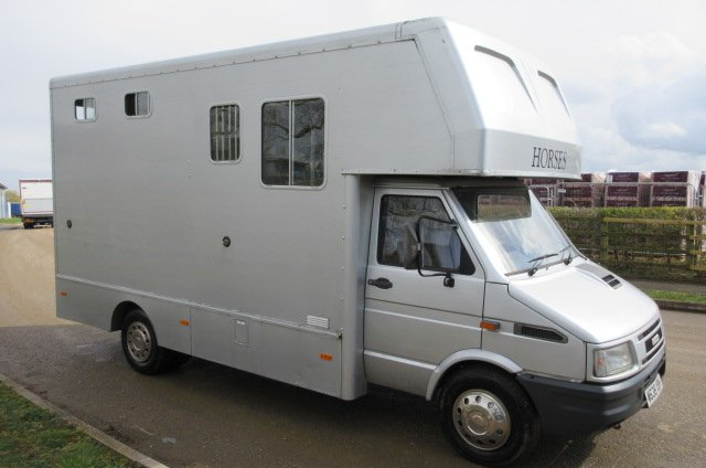 *** DEPOSIT TAKEN *** 2000 Iveco Daily Equicruiser Centaur 6.4 ton. Stalled for 2 forward facing. Smart compact living