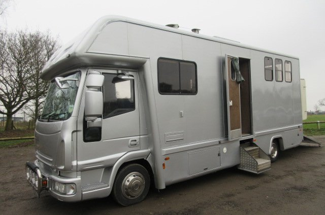 2008 Iveco Eurocargo 75E16 Coach built . Stalled for 3 with smart luxury living