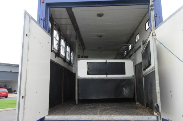 14 Ton MAN Coach built by Solitaire. Stalled for 5 with smart living. Large external tack locker which does not intrude into the living area