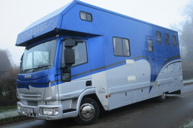 2007 Iveco Eurocargo 75E17 Coach built by Solitaire. Stalled for 3 with full luxury living.. One owner from new.. Horsebox from new! Only 38,099 Miles from new!