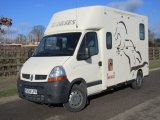 2004 Renault Master Crew cab coach built by Theault horseboxes. Stalled for 2 rear facing. Rare 3.5 ton vehicle