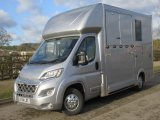 2014 Citroen Relay Select weekender new build. Stalled for 2 rear facing. Day living at the rear