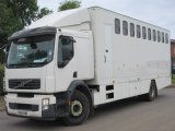 2010 59 Volvo Professional horse transporter. Stalled for 10. Recent conversion