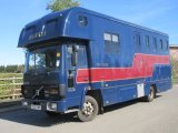 Beautiful Oakley Supreme mounted on a Volvo FL4 Turbo. stalled for 3 with smart luxury living. 7.5 ton chassis. Horsebox from new!