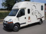 2004 Renault Master Crew Cab coach built by Theault horseboxes, stalled for 2 rear facing. High specification .....