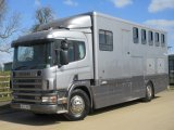 2000 Scania 220 Professional transport horsebox, conversion by Euro coach builders. Stalled for 5 with smart compact living. VERY SMART