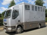 2000 Renault Midlam 150 Professional conversion by Oaktree horseboxes. Stalled for 3 with smart changing area.. Compact
