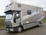 2008 Iveco Eurocargo 75E18 Coach built by M.R Horseboxes. Stalled for 3 with smart living.. Full tilt cab.. Smart 7.5 ton Horsebox.