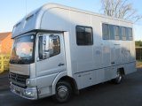 2005 Mercedes Benz 7.5 ton Coach built by Oakley horseboxes. Stalled for 3 with smart living.. Mot December 2021