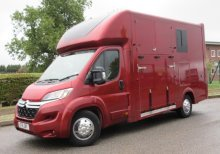 2015 Citroen Relay coach built by Cross country horseboxes, Stalled for 2 rear facing. Metallic paint, Recent build