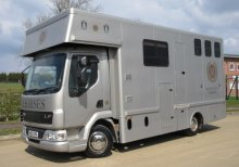 2006 DAF LF Coach built by Bethney Horseboxes. Stalled for 3 with full luxurious living.. Full tilt cab