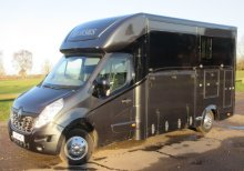 2015 Renault Master Coach built by FVM Horseboxes.. Weekender Model. Stalled for 2 rear facing... LIKE NEW!