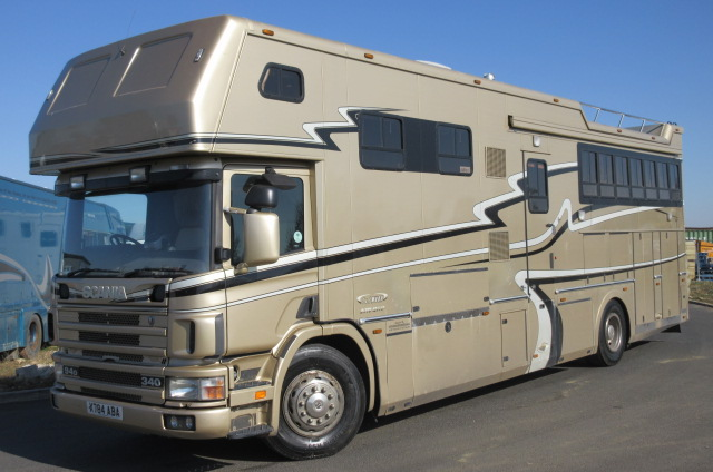 2000 Scania 340 18 Ton Coach built by JJ Woods. Stalled for 5 with full luxury living.. 6 berth