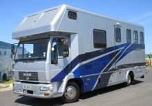 Stunning 7.5 ton Man Coach built by Whittaker. Impact model.. Stalled for 3 with smart luxurious living.. BEAUTIFUL HORSEBOX