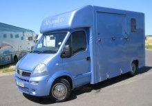 2006 Vauxhall Movano Coach built by Alexander horseboxes. Windsor model, Stalled for 2 rear facing.. Only 78,637 Miles